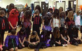 Baile Moderno celebra Halloween