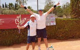 Ángel Gonzalo y Paco López Campeones de España de tenis en Dobles