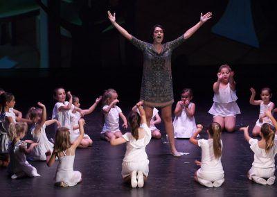 08 Escuela de Baile Moderno C.A. Montemar