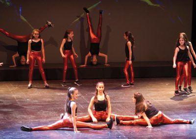 11 Escuela de Baile Moderno C.A. Montemar