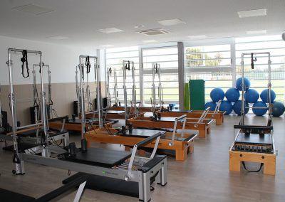 01 Escuela de Pilates Reformer con Torre C.A. Montemar