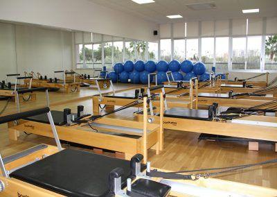 03 Escuela de Pilates Reformer con Torre C.A. Montemar