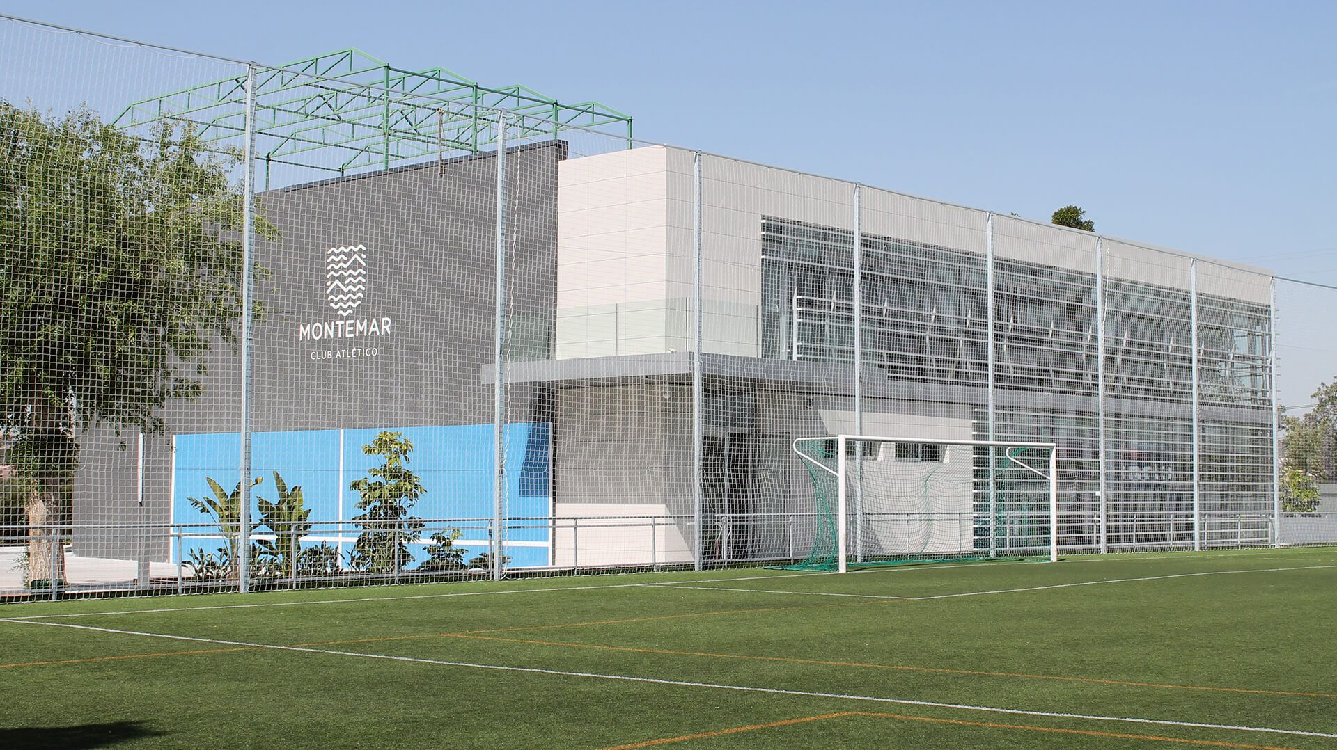 Edificio Multisalas en CA Montemar