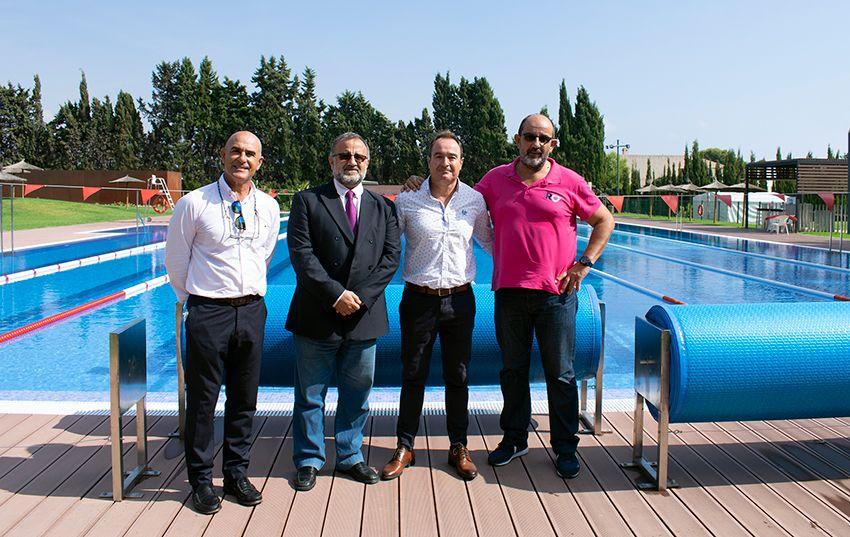 Evento solidario en la piscina olimpica climatizada de CA Montemar